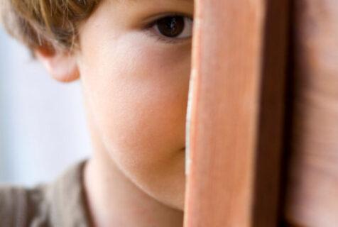 7 recomandări pentru gestionarea timidității la copii